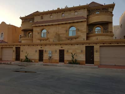5 Bedroom Villa for Sale in Jeddah, Western Region - Luxury villa for sale in Obhur Al Shamaliyah, North Jeddah