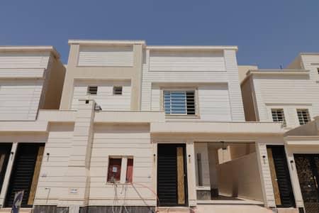 فیلا 6 غرف نوم للبيع في الرياض، منطقة الرياض - فيلا   درج صالة   300م2 بحي القادسية، شرق الرياض