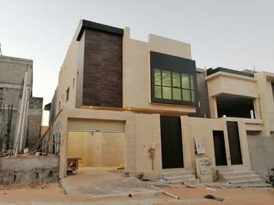 فیلا 6 غرف نوم للبيع في الرياض، منطقة الرياض - فيلا | درج صالة للبيع بحي الملقا، شمال الرياض