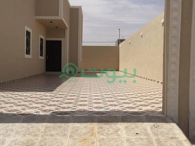 4 Bedroom Floor for Sale in Huraymila, Riyadh Region - For sale a floor in Malham in the golden scheme