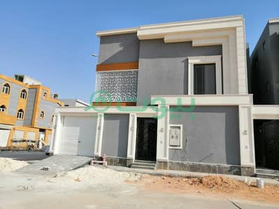 فیلا 5 غرف نوم للبيع في الرياض، منطقة الرياض - فيلا زاوية درج داخلي مع شقة للبيع بالمونسية، شرق الرياض