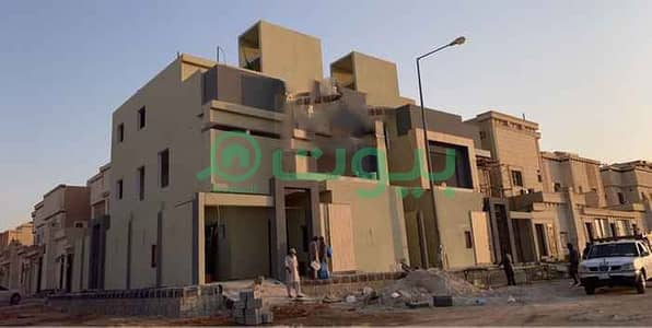 فیلا 4 غرف نوم للبيع في الرياض، منطقة الرياض - فيلتين | درج صالة للبيع بالمونسية، شرق الرياض