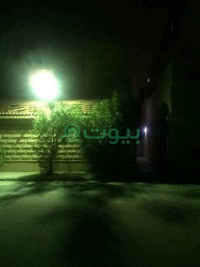 3 Bedroom Apartment for Rent in Riyadh, Riyadh Region - Apartment | Close to Services for rent in Dhahrat Laban, West Riyadh