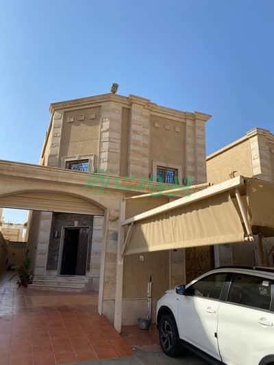 6 Bedroom Villa for Sale in Jeddah, Western Region - Villa for sale in Al Hamdaniyah, North of Jeddah