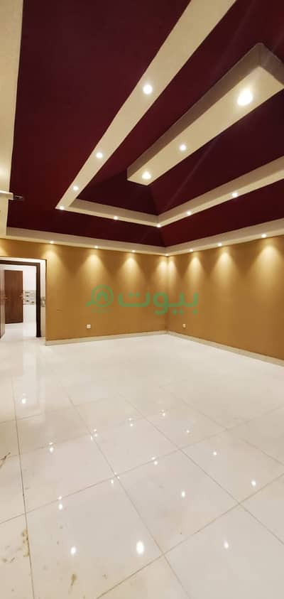5 Bedroom Floor for Sale in Jeddah, Western Region - Roof   200 SQM for sale in Al Waha, North Jeddah
