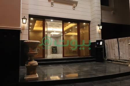 5 Bedroom Flat for Rent in Jeddah, Western Region - For rent apartment in Al Salamah, North of Jeddah