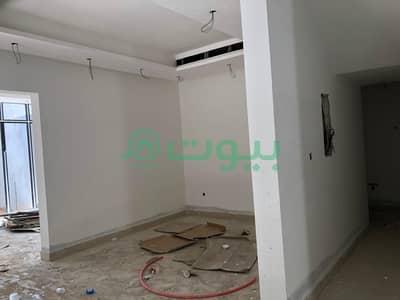 4 Bedroom Villa for Sale in Riyadh, Riyadh Region - 3 elegant villas for sale in Al Malqa, north of Riyadh