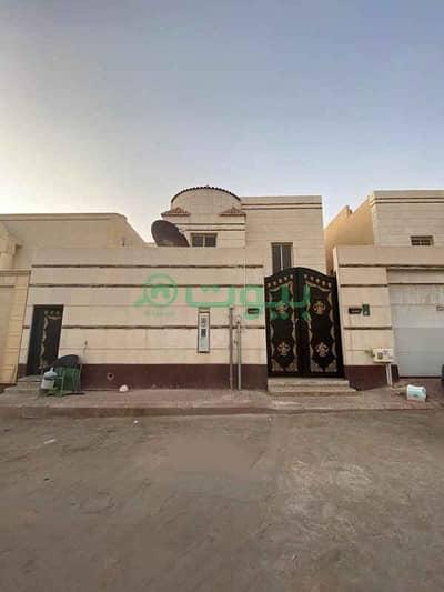 5 Bedroom Villa for Sale in Riyadh, Riyadh Region - Villa Internal Staircase For Sale In Al Yasmin, North Riyadh