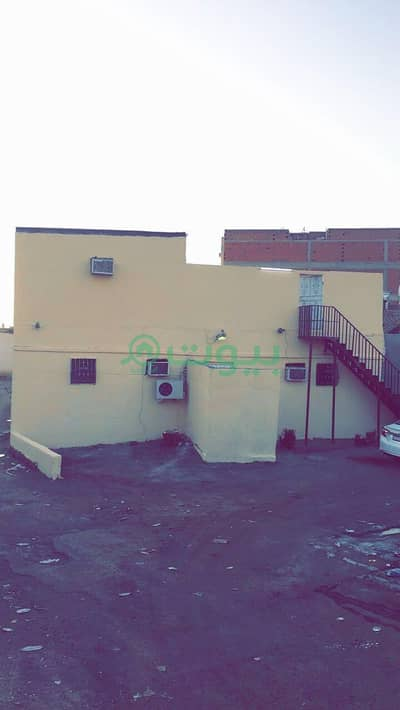 7 Bedroom House for Sale in Madina, Al Madinah Region - بيت شعبي للبيع