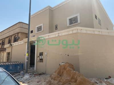 Villa for Sale in Riyadh, Riyadh Region - 2 Floors separate villa for sale in Al Dar Al Baida, South Riyadh