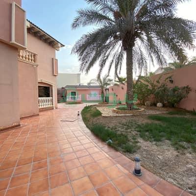 فیلا 5 غرف نوم للبيع في الرياض، منطقة الرياض - للبيع فيلا | 1463م2 بحي الواحة، شمال الرياض