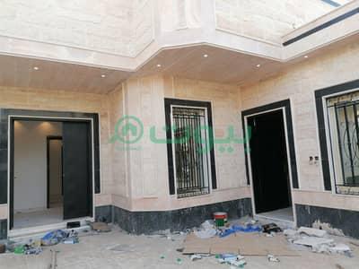 فیلا 5 غرف نوم للبيع في الرياض، منطقة الرياض - فيلا درج داخلي وشقتين للبيع بنمار، غرب الرياض