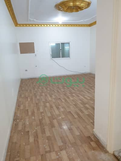 5 Bedroom Flat for Rent in Jeddah, Western Region - Two Apartments For Rent In Al Nuzhah, North Jeddah